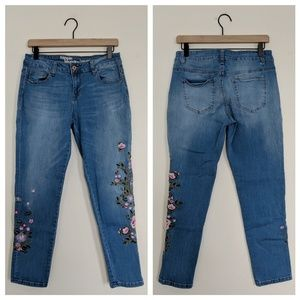 Hippie Laundry Embroidered Tom Girl Jeans / 28